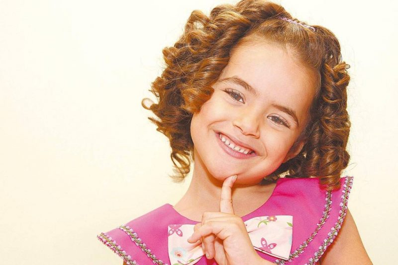 Maísa Silva era figura garantida em programas de auditório no formato show de calouros. A menina cantava, dançava e atuava já aos quatro anos. Em 2012, ela interpretou Valéria na novela Carrossel. - Divulgação/SBT