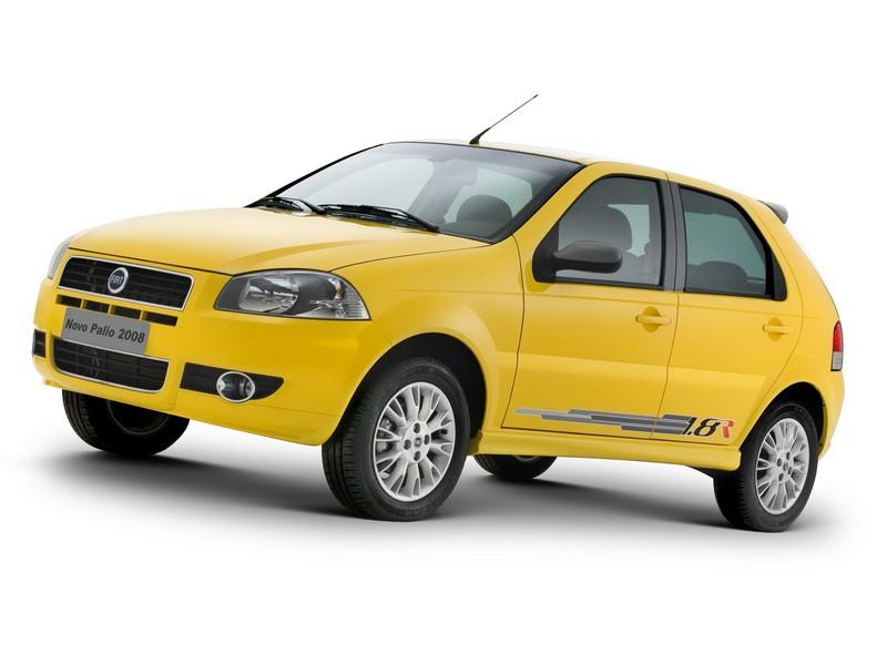 Anos mais tarde, em 2007, o Palio recebia um novo desenho e um tom amarelo para a versão 1.8R - Foto: Divulgação - Foto: Divulgação/Garagem 360/ND