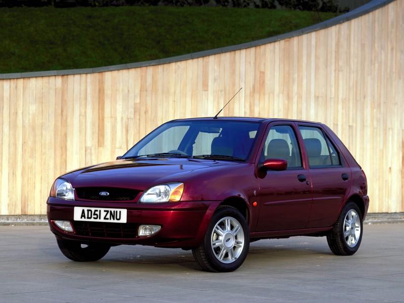 Ford Fiesta 1.0 GL 2000 - R$ 7.500 - Foto: Divulgação - Foto: Divulgação/Garagem 360/ND