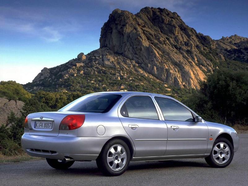 Ford Mondeo 2.0 CLX 1997 - R$ 6 mil - Foto: Divulgação - Foto: Divulgação/Garagem 360/ND