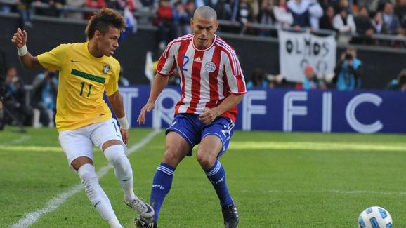 Copa América de 2011: O ainda jovem Neymar pouco fez na eliminação do Brasil para o Paraguai - AFP/Getty Images/ND