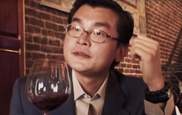 Sour Grapes – Documentário sobre como um cidadão falsifica vinho e engana meio mundo nos Estados Unidos. - Foto: Divulgação/33Giga/ND