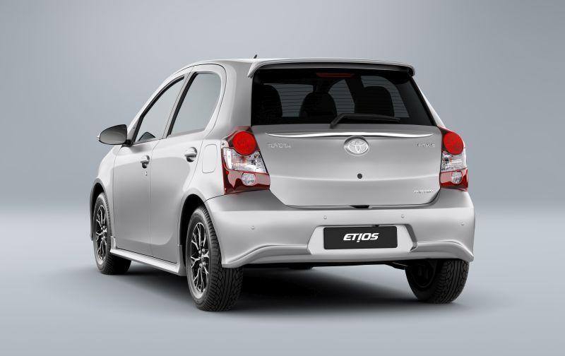 Toyota Etios Hatch Platinum 1.5 16V AT - desvalorização no primeiro ano de 6,9% - Foto: Divulgação - Foto: Divulgação/Garagem 360/ND