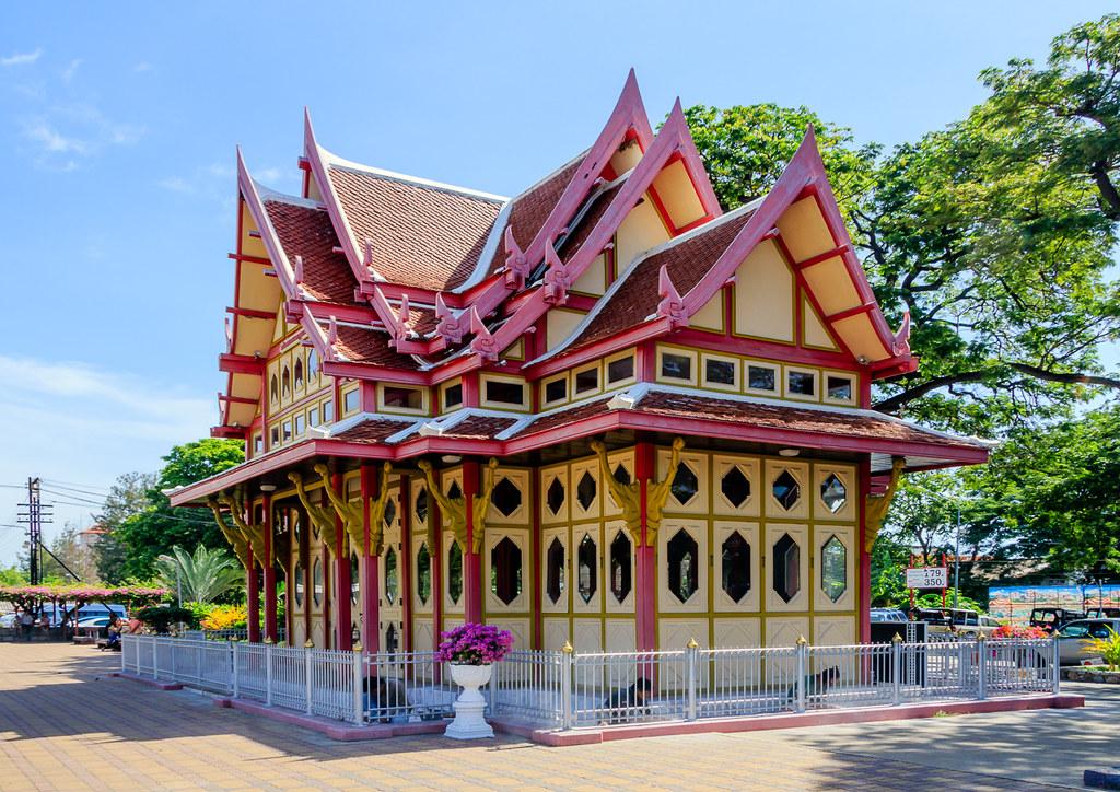 Estação de Hua Hin, Tailândia - John6536 on VisualHunt / CC BY-NC-ND - John6536 on VisualHunt / CC BY-NC-ND/Rota de Férias/ND