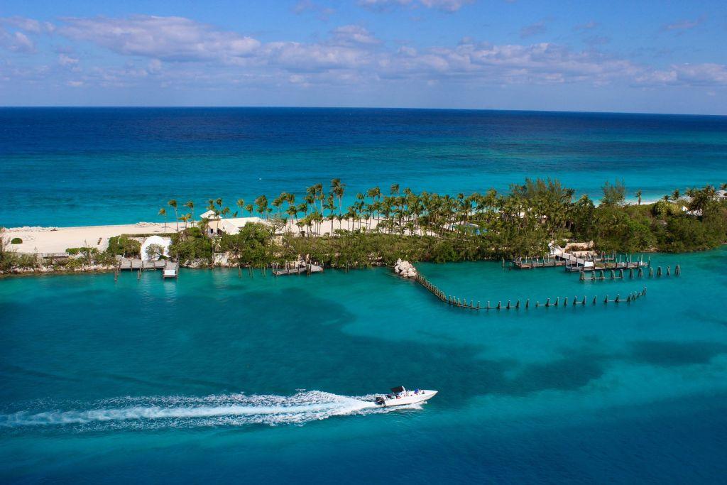Big Major Cay, Bahamas - A ilha Big Major Cay é conhecida por ser povoada por uma colônia de porcos selvagens - Pixabay - Pixabay /Rota de Férias/ND