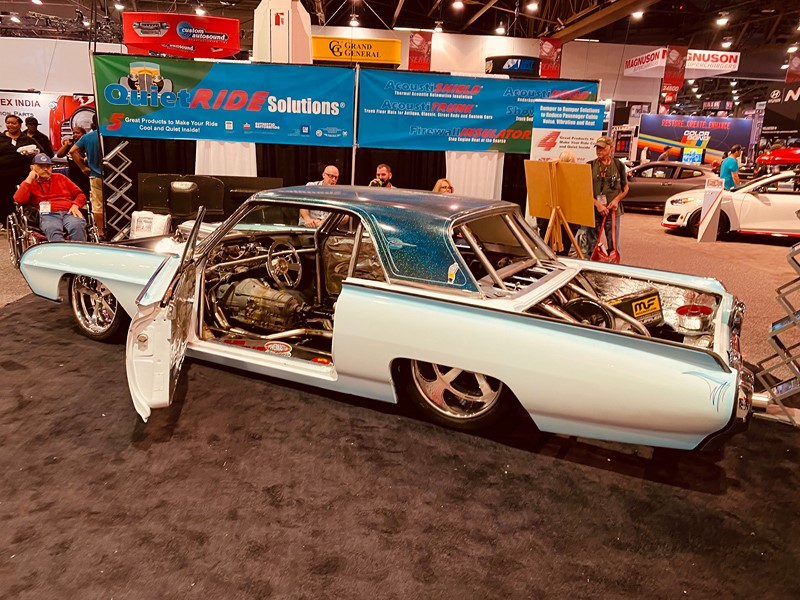 Ford Thunderbird - Foto: Divulgação/Newspress - Foto: Divulgação/Newspress/Garagem 360/ND