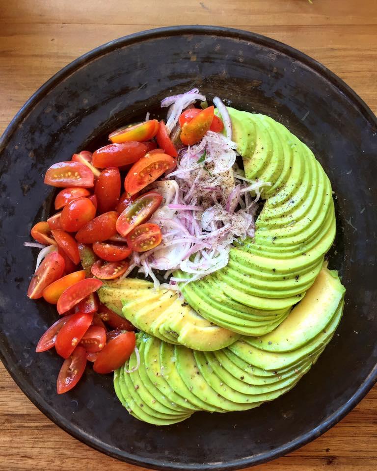 Origem - É possível encontrar opções veganas deliciosas no restaurante localizado no bairro Santa Mônica. Especializado em comidas funcionais, como saladas de pote elaboradas para suprir todas as necessidades de uma refeição. - Reprodução/Facebook