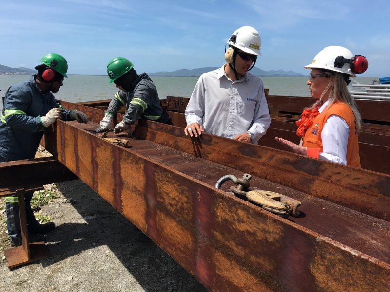 Material que viraria sucata está sendo reaproveitado para a construção de novas estruturas – Foto: Eduardo Cristofoli/ND