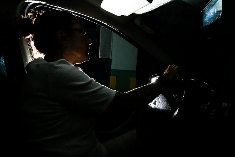 L.C. desistiu de trabalhar como motorista de aplicativo após sofrer vários casos de importunação sexual e assédio moral – Foto: Anderson Coelho/ND