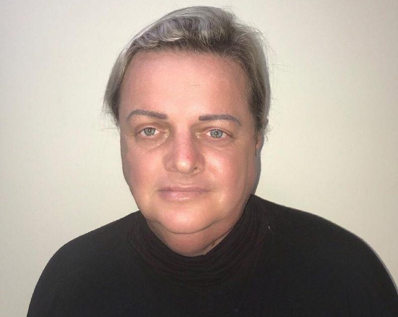 Professor Lodemar Schmitt foi vítima de ataques homofóbicos em redes sociais – Foto: Reprodução/Facebook