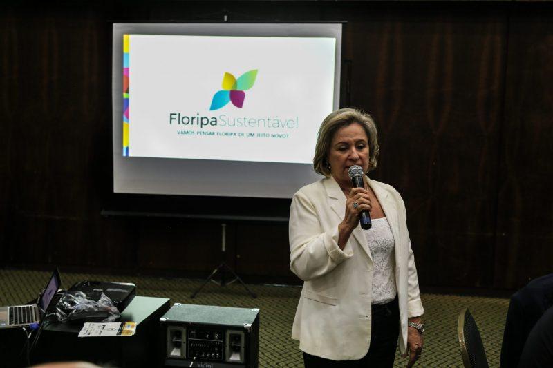 Para coordenadora do movimento, Zena Becker, plano diretor ainda precisa de muitos ajustes. – Foto: Anderson Coelho/ND