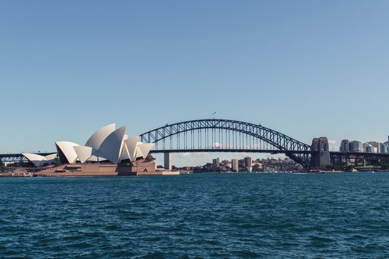 Por R$ 15.448, os viajantes podem aproveitar as maravilhas de Sydney, na Austrália, durante 10 dias, com hospedagem e passagem já inclusas no pacote - April Pethybridge on Unsplash - April Pethybridge on Unsplash/Rota de Férias/ND