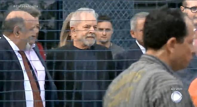 Lula na prisão da PF em Curitiba – Foto: Reprodução/Record TV/ND