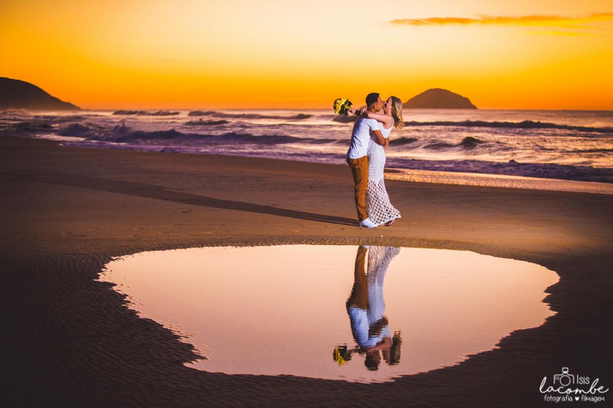 Registros do amanhecer na Lagoa da Conceição - Isis Lacombe/pré-casamento Paola e Raphael