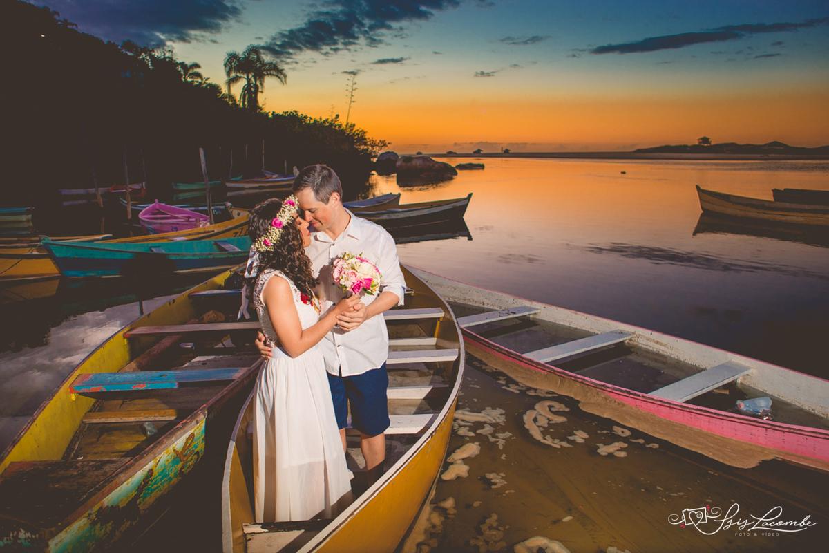 Registros do amanhecer na Lagoa da Conceição - Isis Lacombe/pré-casamento Tatiani e Rafael