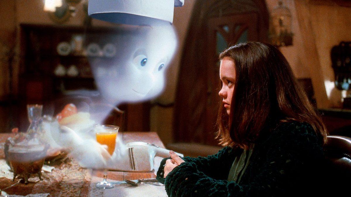 15/11 – Gasparzinho, o Fantasminha Camarada (1995): Um médico especialista em fantasmas é contratado para expulsar espíritos de uma mansão. O problema? Um deles é o fantasminha mais camarada do pedaço. - Crédito: Divulgação/33Giga/ND