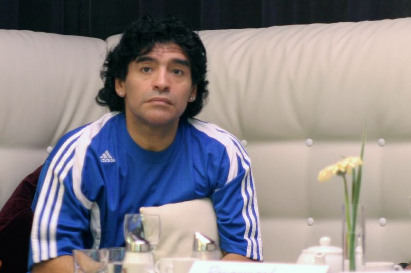 Maradona era fã do craque brasileiro Rivelino. Foto: Armando Tover/Flick/ND