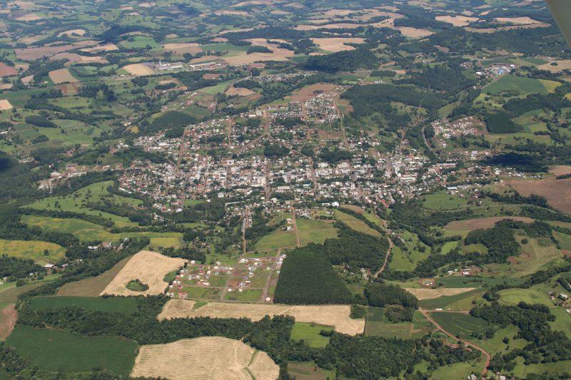 Imagem aérea de Quilombo mostra área urbana e rural do município. – Foto: Divulgação/prefeitura de Quilombo