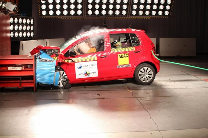 Os modelos Volkswagen SpaceFox e Fox conseguiram três estrelas para a proteção de adultos e crianças - Foto: Divulgação - Foto: Divulgação/Garagem 360/ND