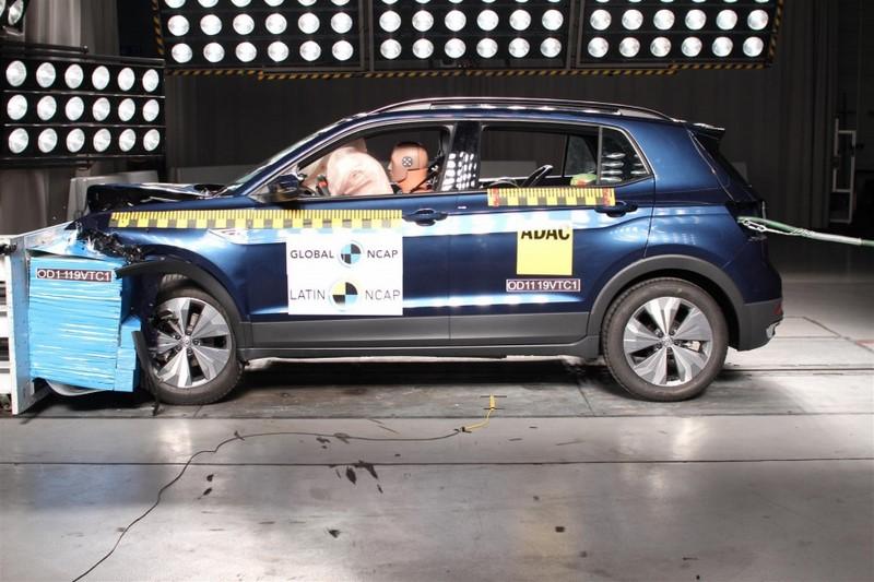 O Volkswagen T-Cross obteve nota máxima (cinco estrelas) em segurança para adultos e crianças - Foto: Divulgação - Foto: Divulgação/Garagem 360/ND