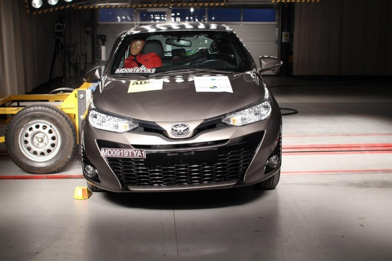 Ambas as carrocerias do Toyota Yaris conseguiriam quatro estrelas na avaliação (para adultos e crianças) - Foto: Divulgação - Foto: Divulgação/Garagem 360/ND