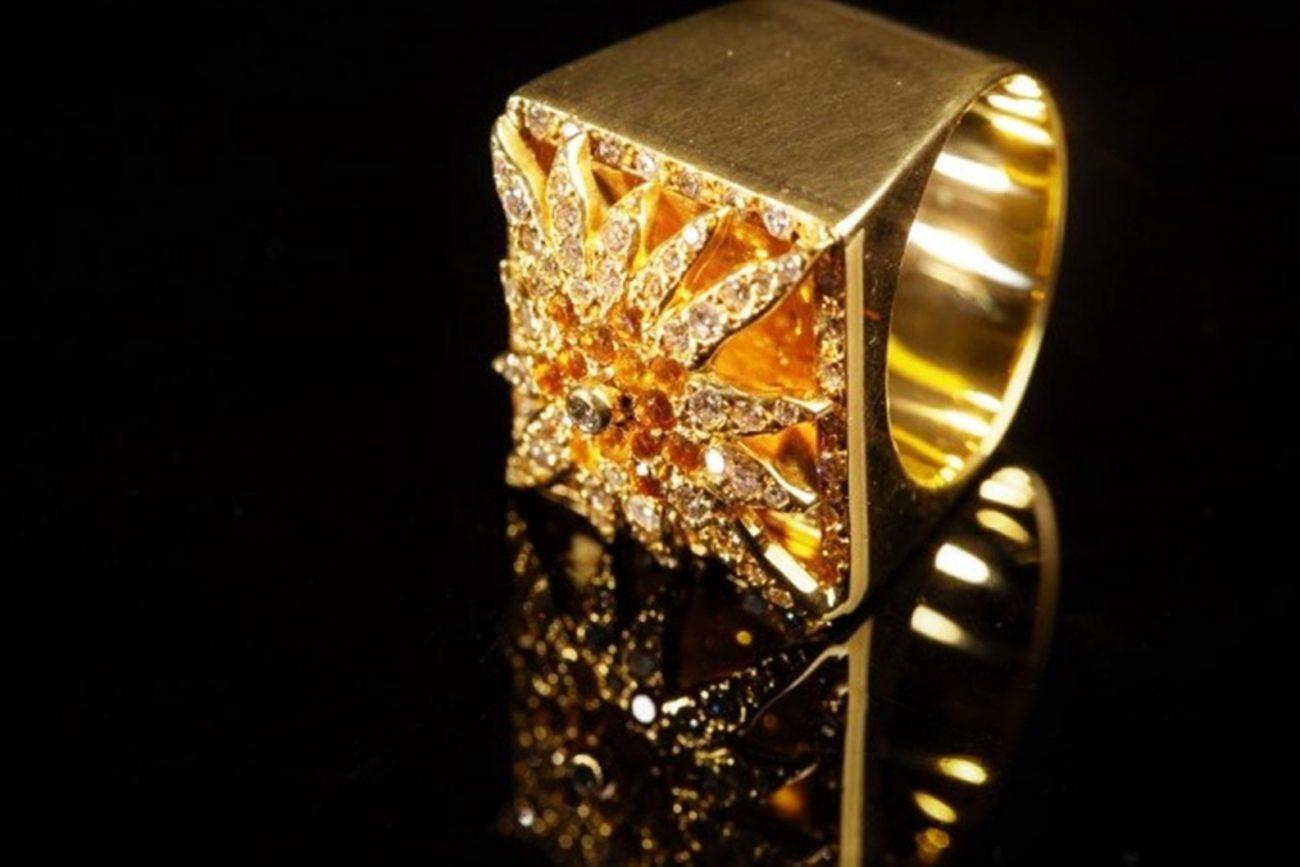 Anel Estrela Vancox em ouro amarelo, diamante e citrino - Divulgação/ND