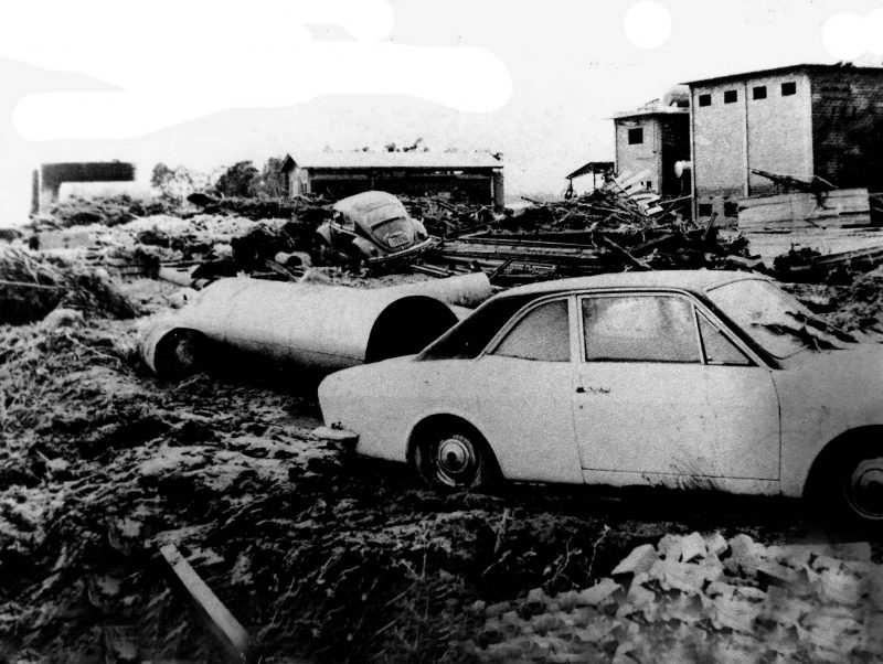 Cenário da tragédia que atingiu Tubarão em 1974 – Foto: Reprodução/Arquivo Público de Tubarão/ND
