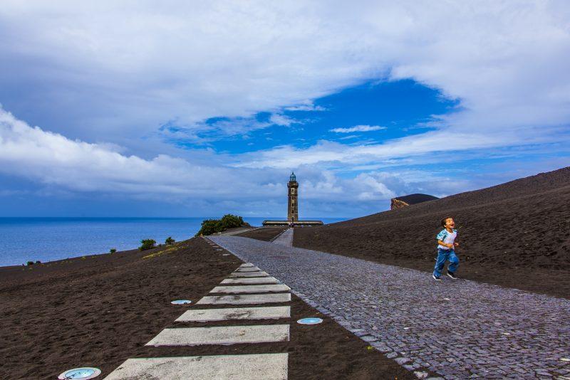 Centro de Interpretação do Vulcão dos Capelinhos, na Ilha do Faial – Foto: Joel Pacheco/Divulgação/ND