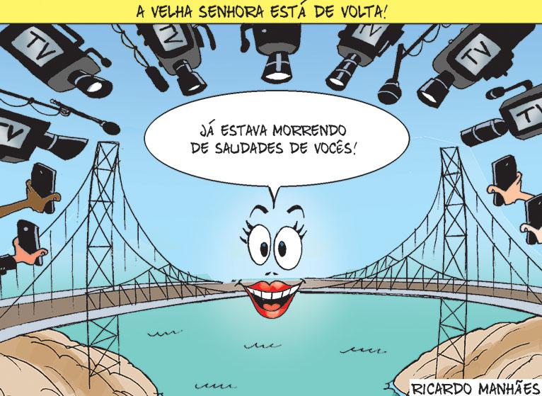 Ponte Hercílio Luz de volta