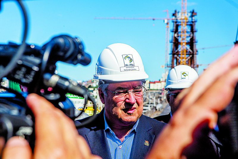 Ex-governador Raimundo Colombo é citado como o gestor que deu agilidade e efetividade às obras de restauração da Ponte Hercílio Luz – Foto: Flavio Tin/ND