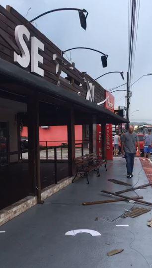 Tempestade também causou estragos em Palhoça - Elza Luchi/Divulgação/ND