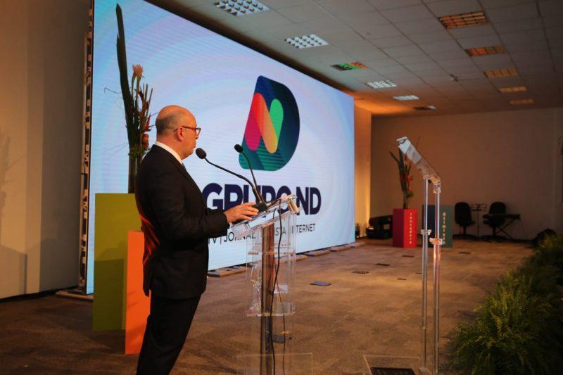 Presidente executivo do grupo em Santa Catarina, Marcello Corrêa Petrelli, apresenta a nova identidade da empresa de comunicação – Foto: Anderson Coelho/ND