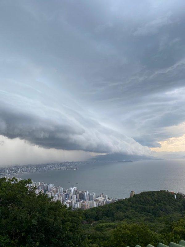 Presença de nuvens segue forte por todo o Estado neste feriado – Foto: Albertino Zamarco Junior/ND
