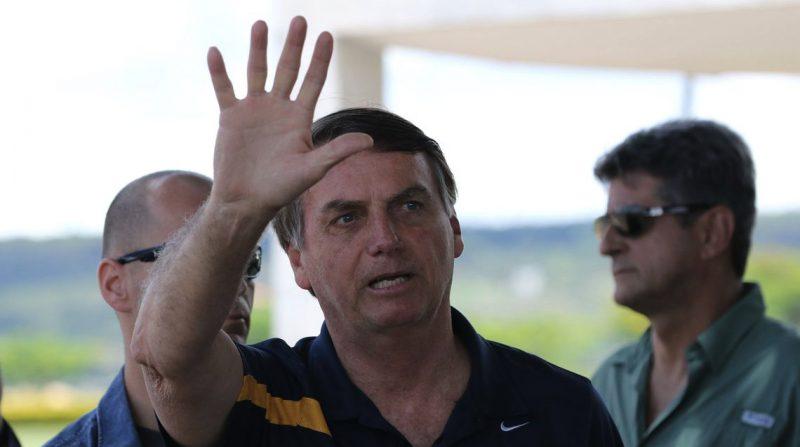 Presidente Jair Bolsonaro conversa com a imprensa em frente ao Palacio da Alvorada – Foto: Fabio Rodrigues Pozzebom/Agência Brasil/ND