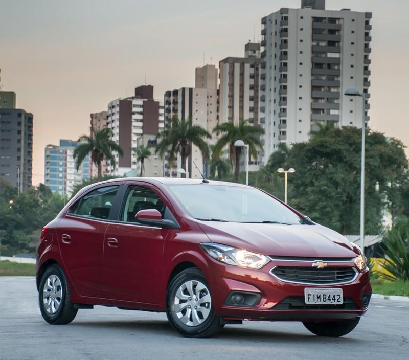 10- Chevrolet Onix LT (2019): Desvalorização: -4,76%; Preço sugerido: R$ 59.990 - Foto: Divulgação - Foto: Divulgação/Garagem 360/ND