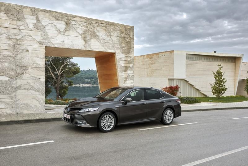 Toyota Camry – 690.729 unidades - Foto: Divulgação - Foto: Divulgação/Garagem 360/ND