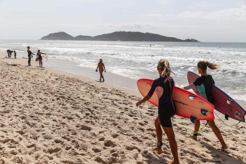 Lomba do Sabão é acesso conhecido de moradores e surfistas locais, na Praia do Campeche - Anderson Coelho/ND