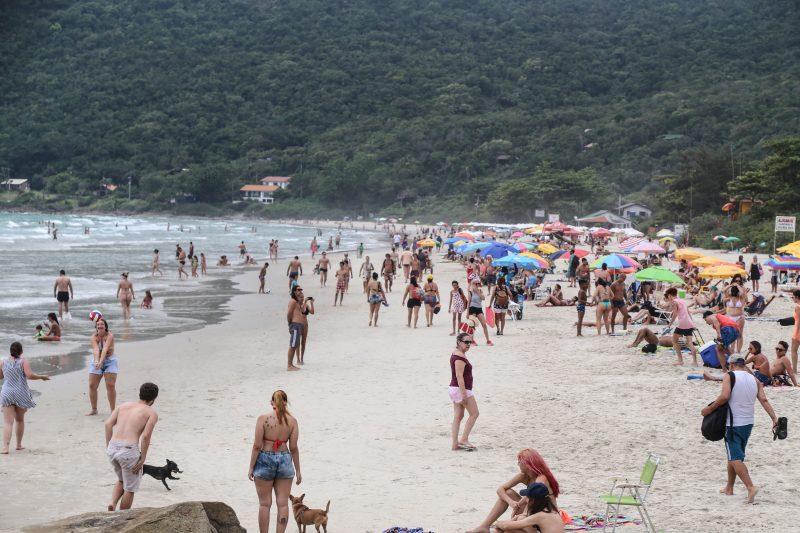 Praia do Matadeiro, no Sul da Ilha, tem o típico charme manezinho – Foto: Anderson Coelho/ND