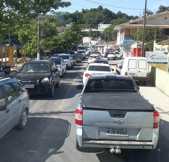 Ruas do município de Governador Celso Ramos ficaram congestionadas. Foto: Divulgação/PMGCR