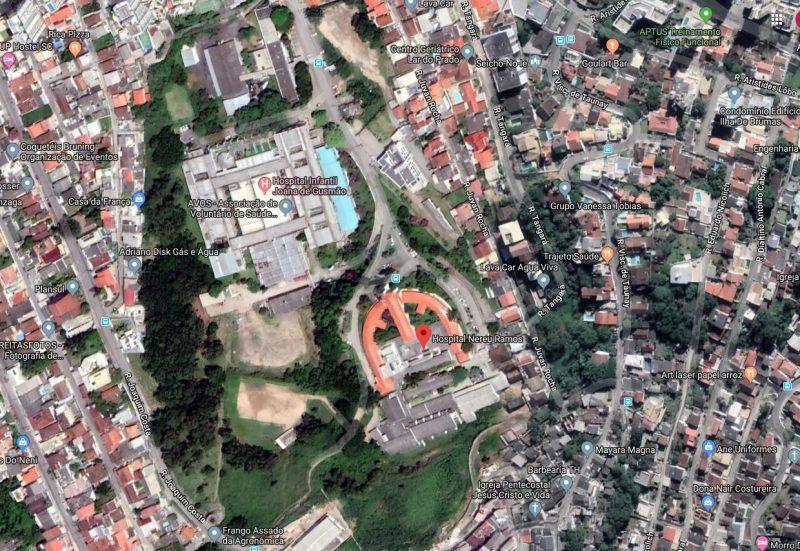 Hospitais Celso Ramos, Joana de Gusmão e Carmela Dutra se somarão ao Nereu Ramos e vão funcionar todos no mesmo local – Foto: Google Earth/Reprodução