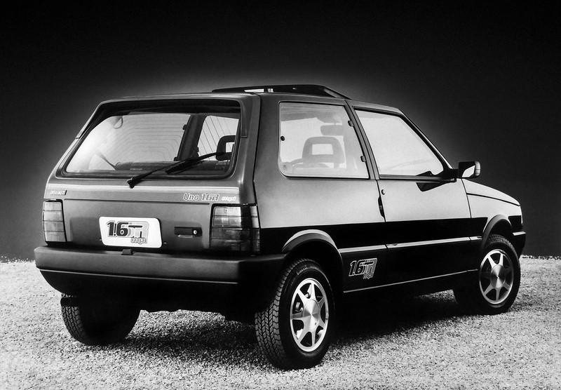 Fiat Uno 1.6R - Foto: Divulgação - Foto: Divulgação/Garagem 360/ND