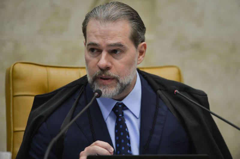 Após cirurgia, Dias Toffoli está internado com suspeita de Covid-19