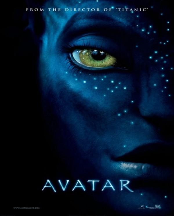 """Avatar (2009) – Após a morte de seu irmão gêmeo, Jake viaja para Pandora, uma lua extraterrestre habitada por seres de três metros de altura, pele azul e em plena paz com a natureza. Isso só foi possível graças ao que o exército chama da """"Avatares"""", seres iguais aos habitantes de Pandora, mas controlados pela mente humana. - Crédito: Divulgação/33Giga/ND"""
