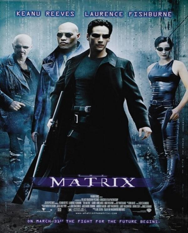 """Trilogia Matrix (1999) – Os filmes da saga futurística contam a história de Neo, interpretado por Keanu Reeves, um homem que se vê recrutado por rebeldes que são contra a dominação das máquinas. Depois de voltar da """"Matrix"""", ele descobre o que o mundo no qual sempre viveu não é o que ele imaginava. - Crédito: Divulgação/33Giga/ND"""