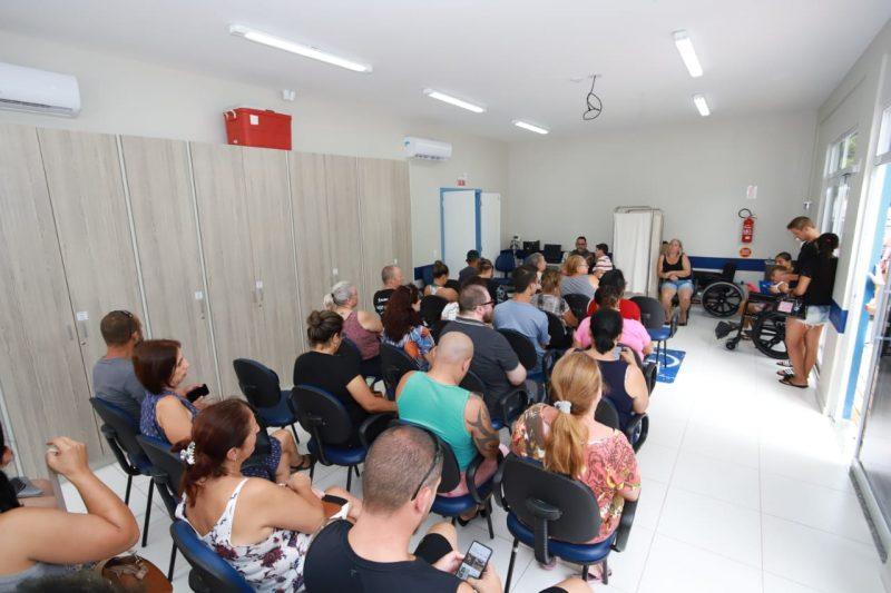 Centro de Saúde dos Ingleses ficou lotado para vacinação neste sábado – Foto: Allan Carvalho/PMF/Divulgação/ND