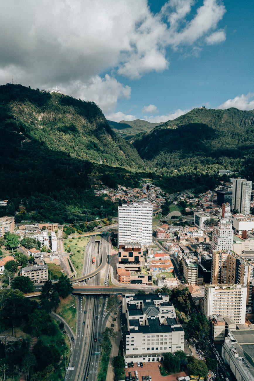 Bogotá (Colômbia) - Photo by Random Institute on Unsplash - Photo by Random Institute on Unsplash/Rota de Férias/ND