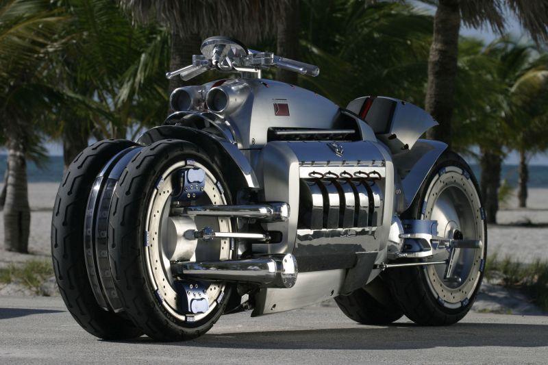A Dodge Tomahawk foi um conceito funcional da marca americana. Ela usava um motor V10 de 8 litros de 560 cv - Foto: Divulgação - Foto: Divulgação/Garagem 360/ND