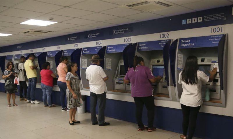 Para ter direito ao abono salarial, é necessário ter trabalhado formalmente por pelo menos 30 dias em 2019 – Foto: José Cruz/Agência Brasil/ND