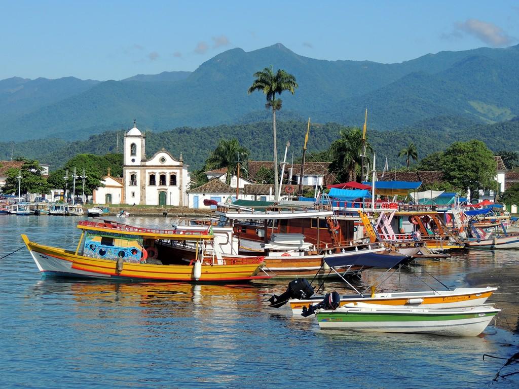 A cidade de Paraty (RJ) é outra opção para mergulhos no território brasileiro - Pixabay - Pixabay/Rota de Férias/ND