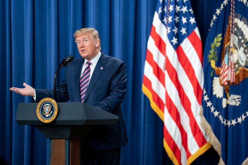 Donald Trump se livrou do processo de impeachment – Foto: Official White House Photo by Tia Dufour